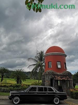 GOLF-LOS-SUENOS-COSTA-RICA.-MERCEES-300D-LIMO.jpg